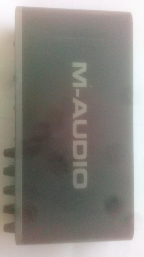 M-Audio Fast Track Ultra PaluB images