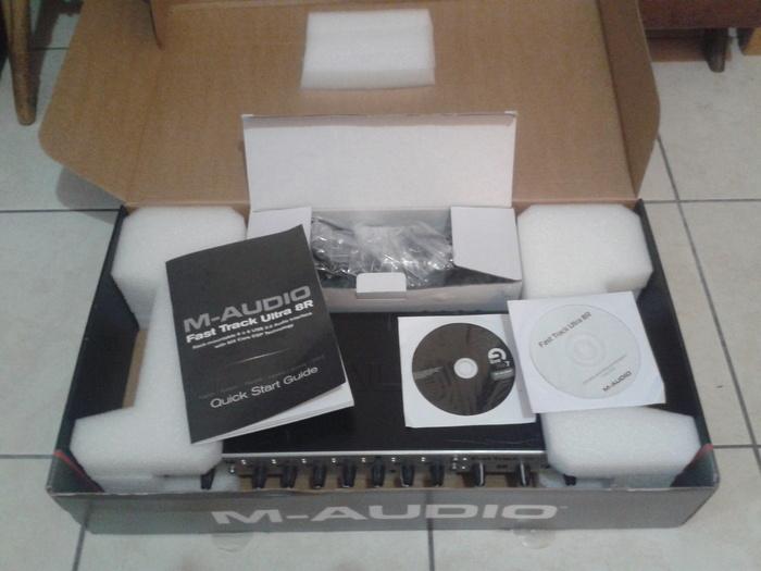 m audio fast track ultra 8r image 673782 audiofanzine. Black Bedroom Furniture Sets. Home Design Ideas