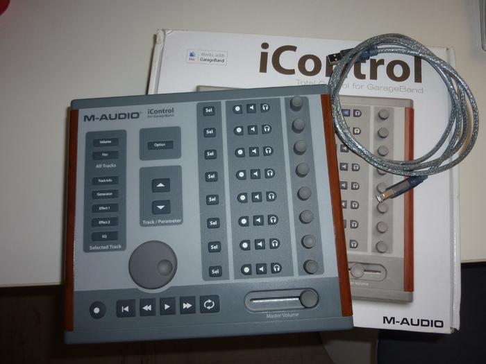 photo m audio icontrol m audio icontrol 66996 230223 audiofanzine. Black Bedroom Furniture Sets. Home Design Ideas