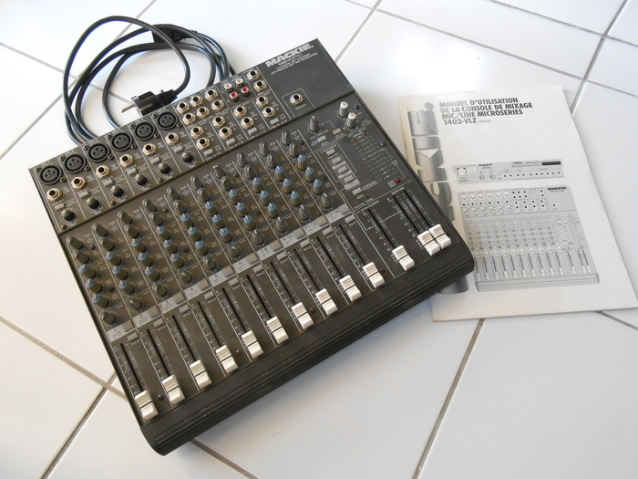 Mackie 1402-VLZ Pro dröne images