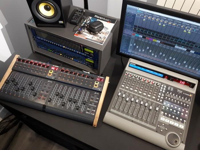 https://medias.audiofanzine.com/images/thumbs3/mackie-control-universal-2989294.jpg