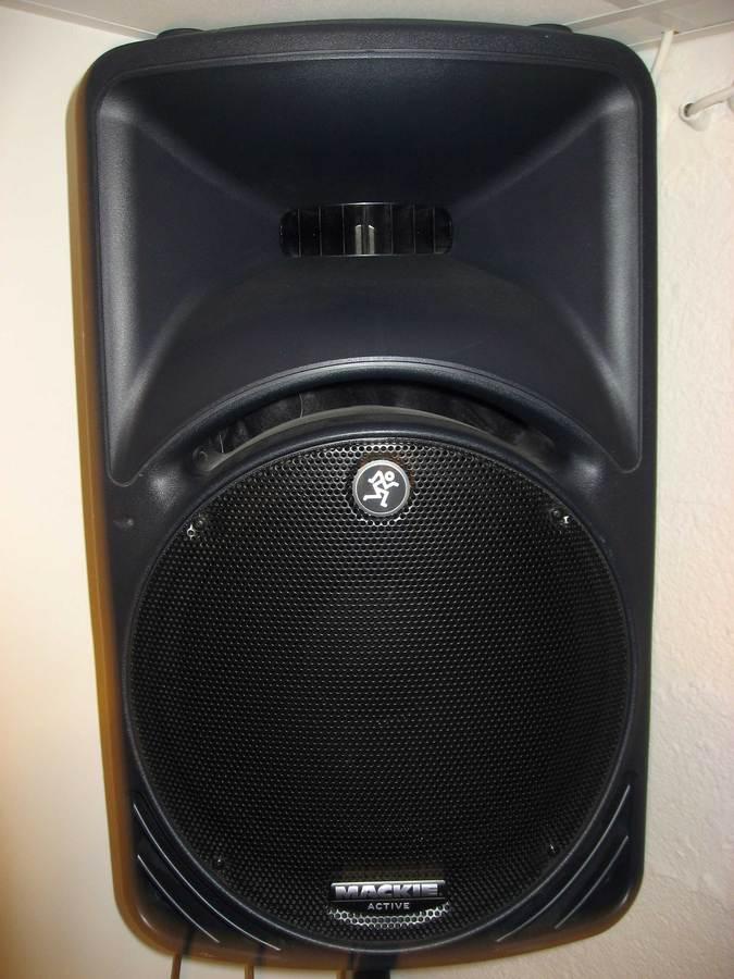 mackie srm450v2 image 328611 audiofanzine. Black Bedroom Furniture Sets. Home Design Ideas