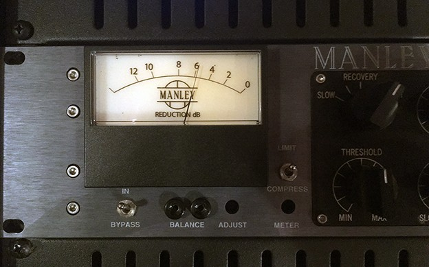 https://medias.audiofanzine.com/images/thumbs3/manley-labs-stereo-variable-mu-2333705.jpg
