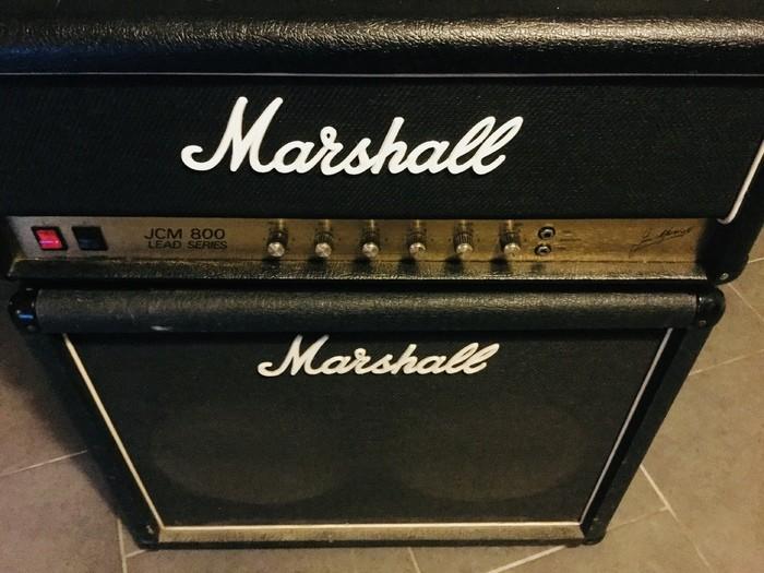 https://medias.audiofanzine.com/images/thumbs3/marshall-2203-jcm800-reissue-2184991.jpeg