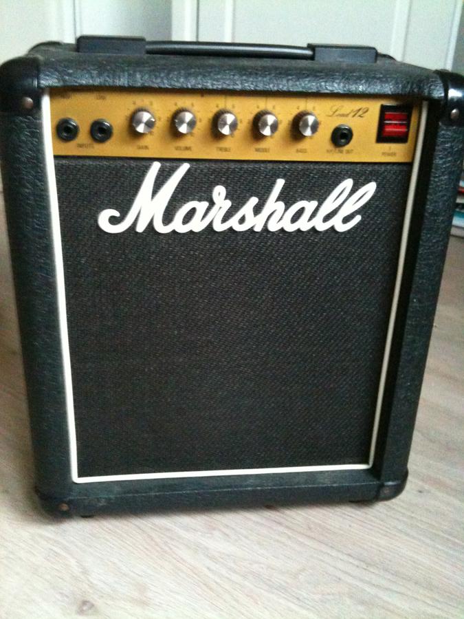marshall 5005 lead 12 image 340727 audiofanzine. Black Bedroom Furniture Sets. Home Design Ideas