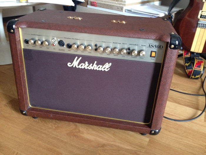vends marshall as50d languedoc roussillon audiofanzine. Black Bedroom Furniture Sets. Home Design Ideas