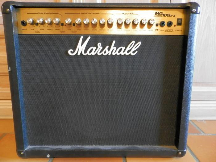 marshall mg100dfx image 464886 audiofanzine. Black Bedroom Furniture Sets. Home Design Ideas