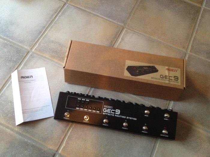 moen gec9 guitar effect controller image 1650891 audiofanzine. Black Bedroom Furniture Sets. Home Design Ideas