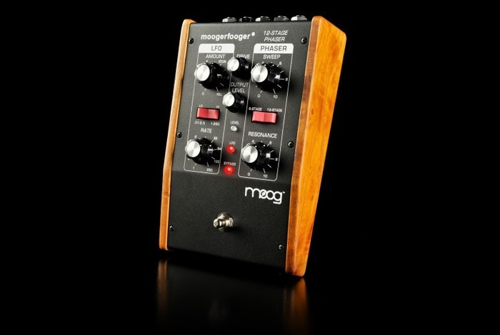 Moogerfooger MF 103 12 stage phaser 3 0