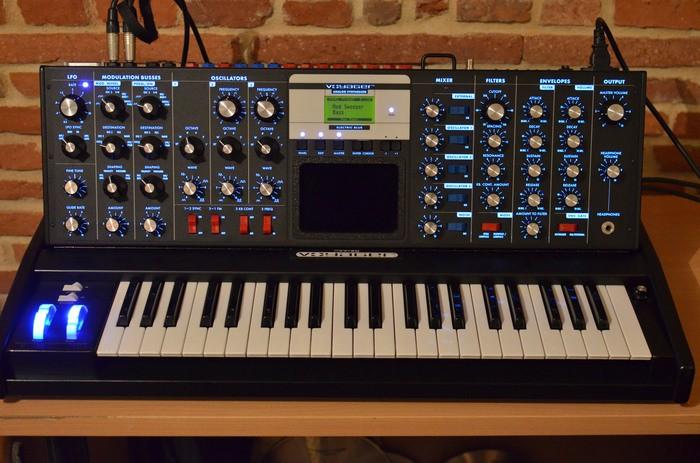 Moog Music Minimoog Voyager Electric Blue (25065)