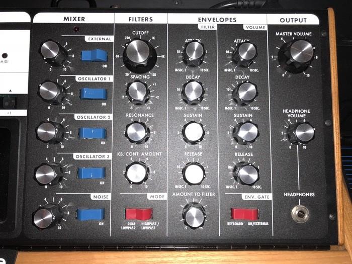 Moog Music Minimoog Voyager Performer Edition (48537)