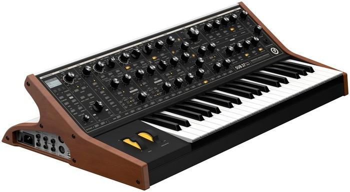 Moog Music SUB 37 (63939)