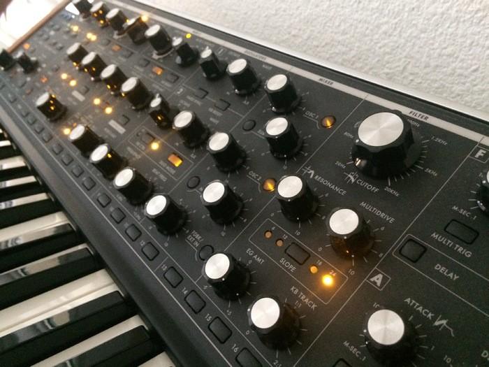 Moog Music SUB 37 (66897)