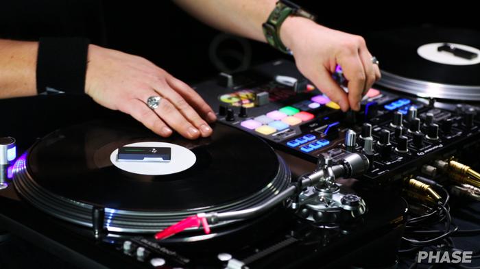 Phase on DJ set