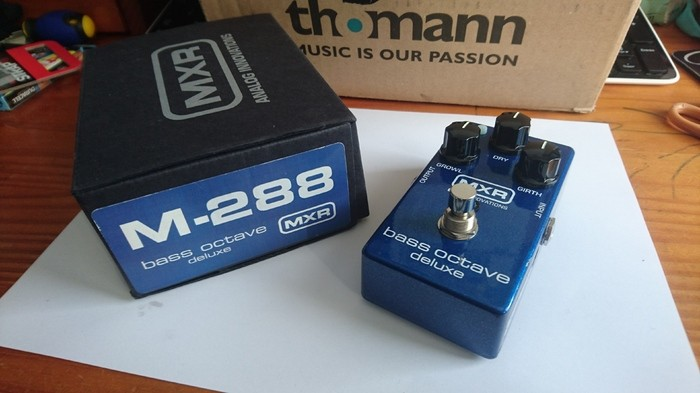 MXR M288 Bass Octave Deluxe (50100)