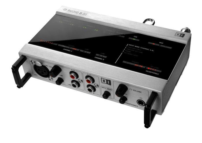 Native Instruments Audio 8 DJ (64911)