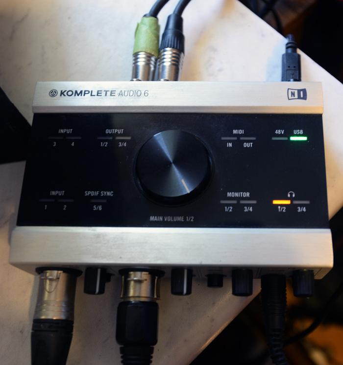 native instruments komplete audio 6 image 1844753 audiofanzine. Black Bedroom Furniture Sets. Home Design Ideas