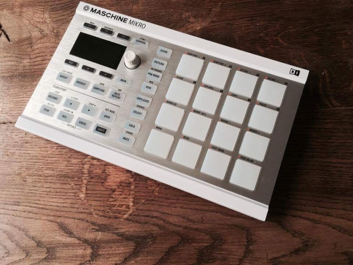 Native Instruments Maschine Mikro MKII klemdr images