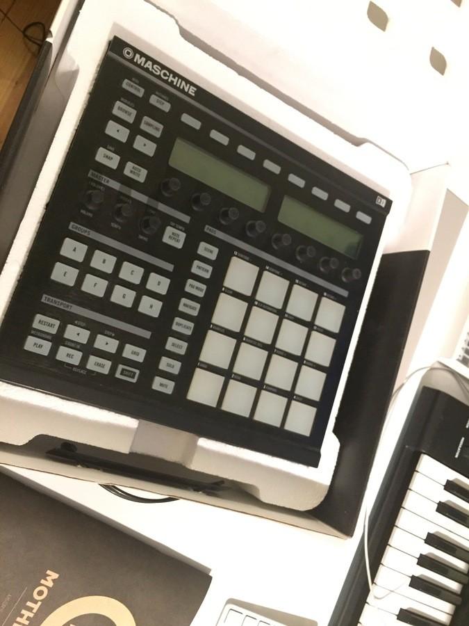 Native Instruments Maschine MKI (10304)