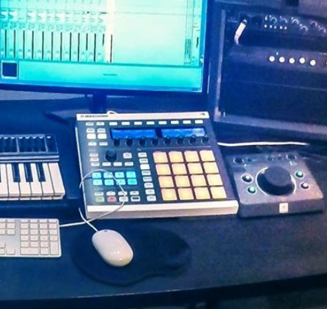 Native Instruments Maschine MKII marcojules images