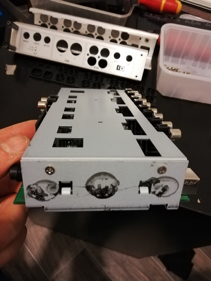 https://medias.audiofanzine.com/images/thumbs3/native-instruments-traktor-audio-10-2782881.jpg