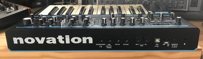Novation Bass Station II (512)