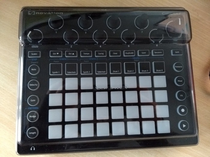 Novation Circuit (55630)