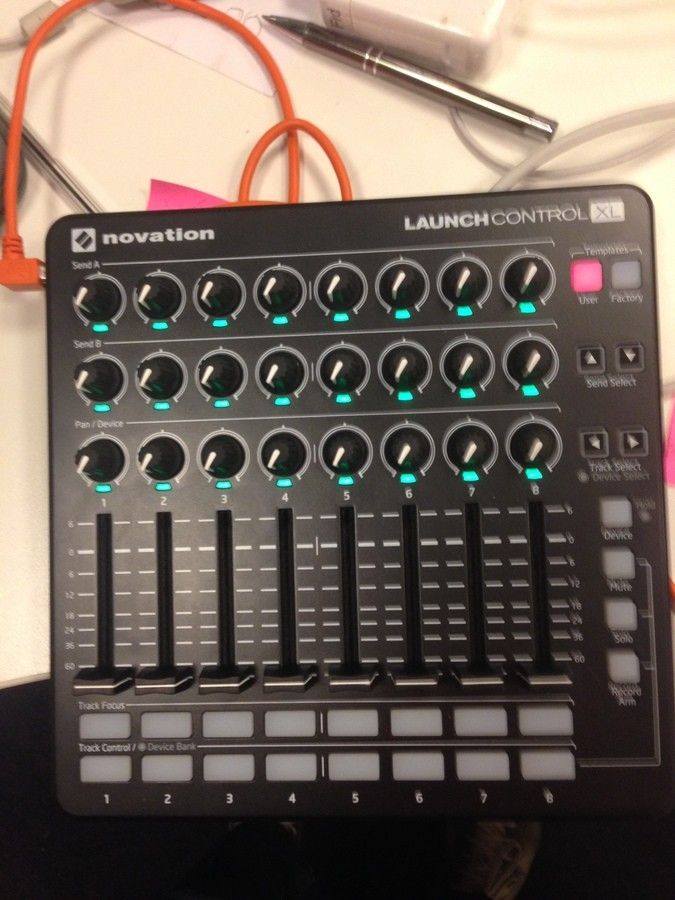 Novation Launch Control XL (334)