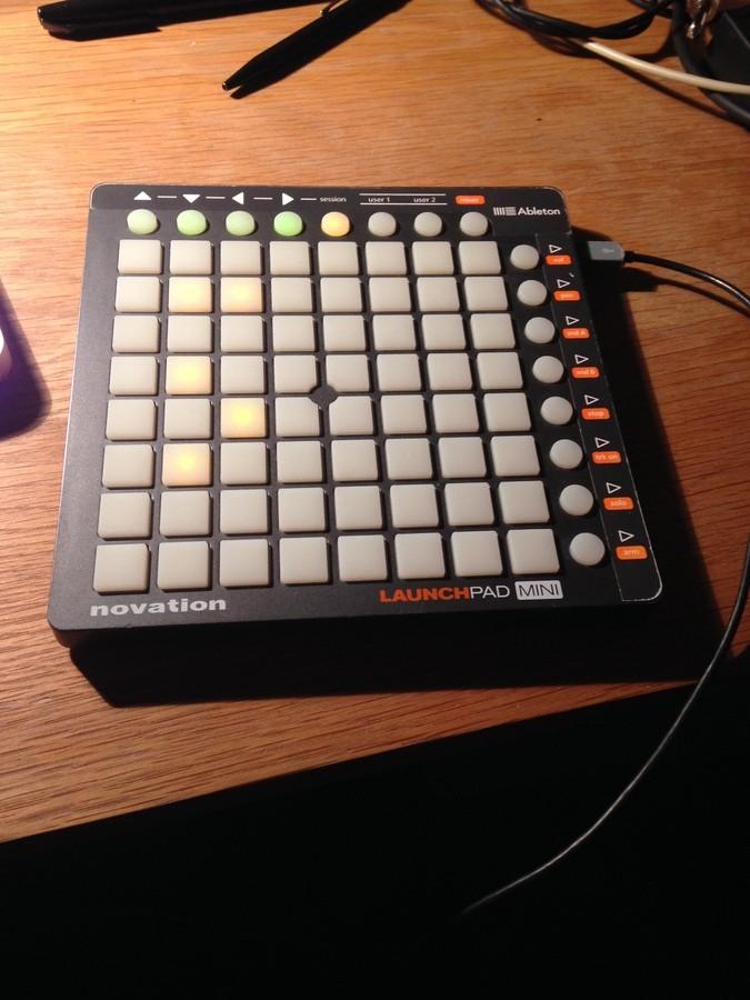 Novation Launchpad Mini (92452)