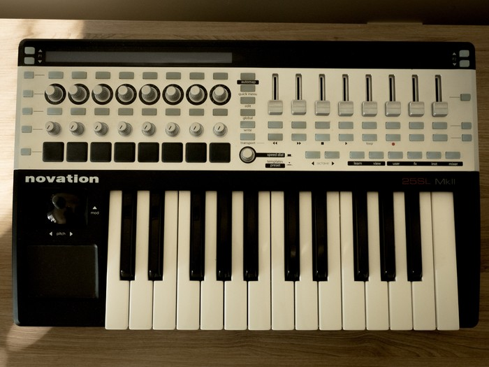 Novation Remote 25 SL MkII (83229)
