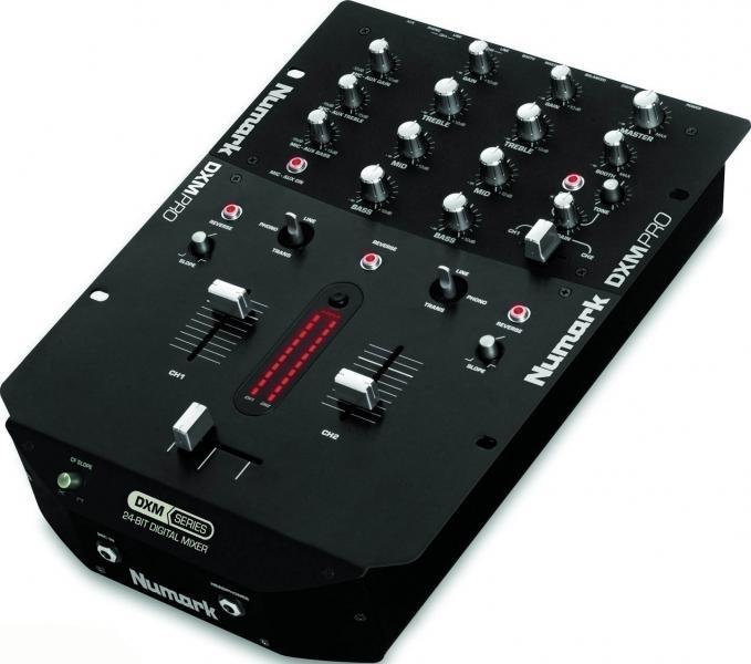 Photo numark dxm pro numark table de mixage dxm pro - Table de mixage en ligne gratuit ...