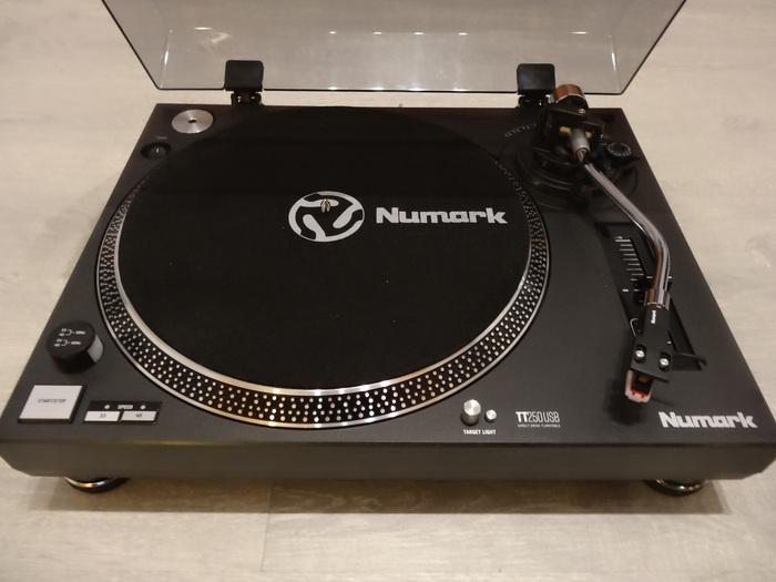 platine vinyle numark tt250 usb nord pas de calais audiofanzine. Black Bedroom Furniture Sets. Home Design Ideas