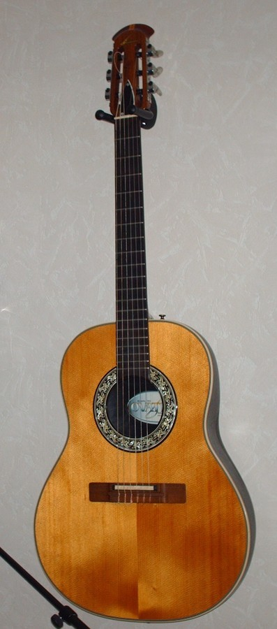 Ovation 1624-4 country artist (nylon) (13823)