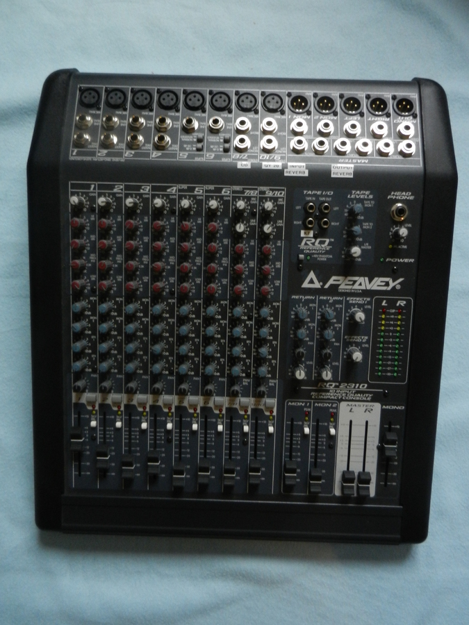 Photo peavey rq 2310 peavey sono compl te 4 enceintes - Branchement enceinte amplifiee table mixage ...