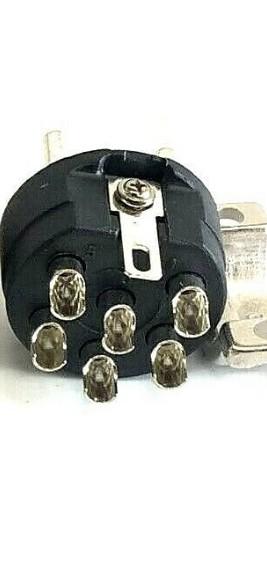 https://medias.audiofanzine.com/images/thumbs3/pedalboards-pedalcases-3416510.jpeg