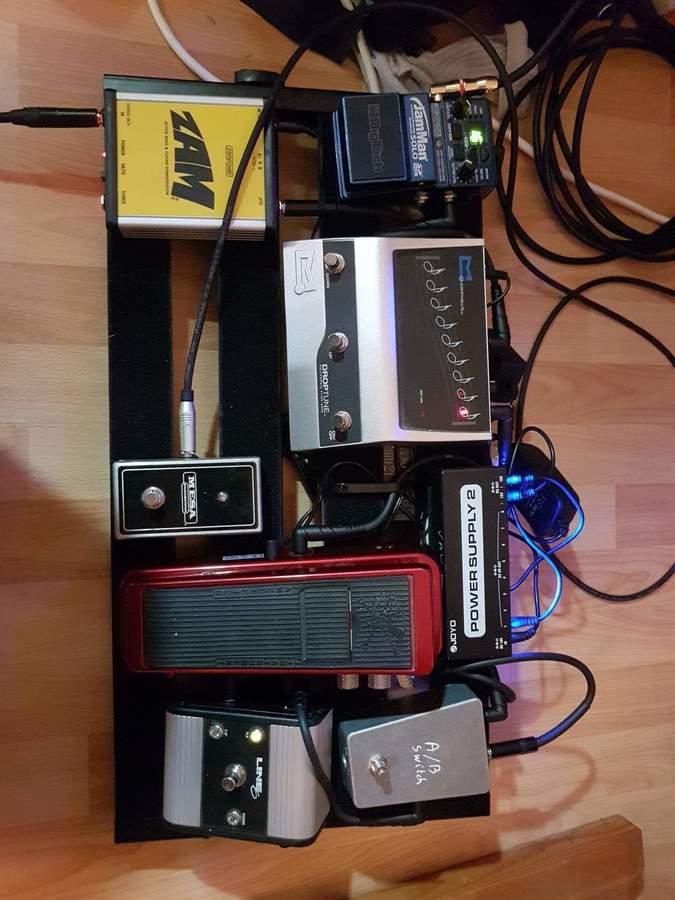 https://medias.audiofanzine.com/images/thumbs3/pedaltrain-2933041.jpeg