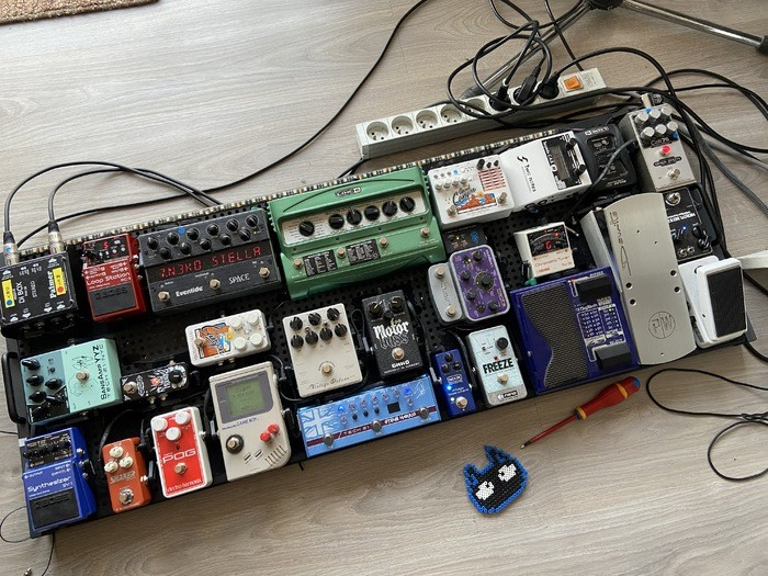 https://medias.audiofanzine.com/images/thumbs3/pedaltrain-2940536.jpg