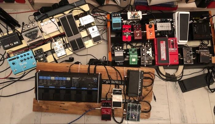https://medias.audiofanzine.com/images/thumbs3/pedaltrain-2940985.jpeg