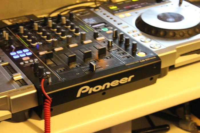 Pioneer CDJ-850 Dhjolls images