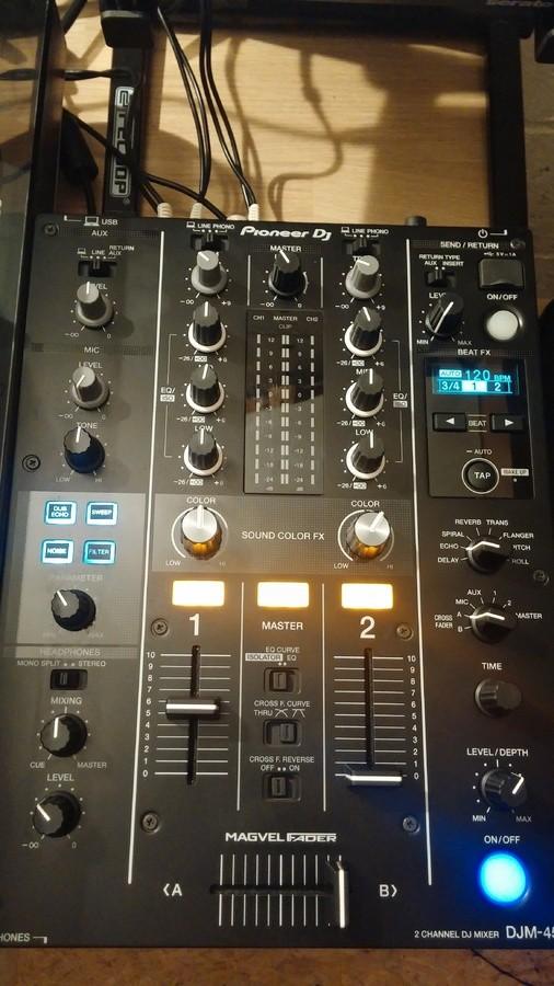 Pioneer DJM-450 (22338)
