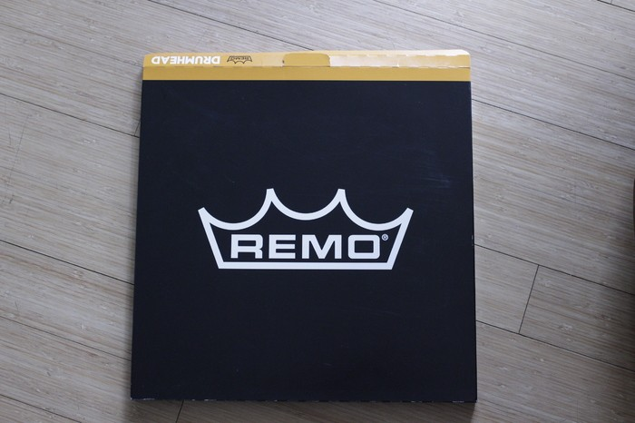 "Remo Peau Pinstripe 16"""