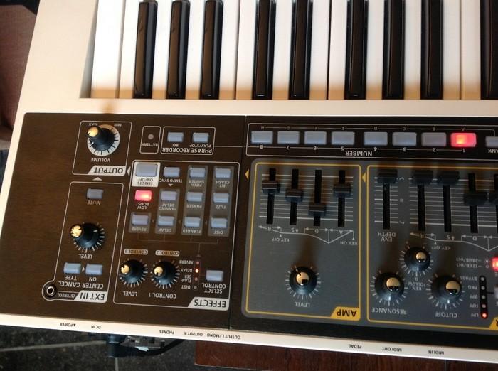Roland GAIA SH-01 (55393)