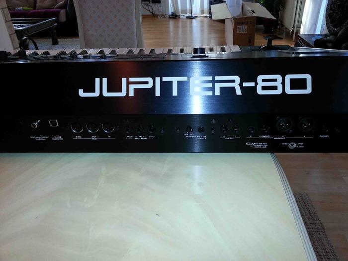 roland jupiter 80 image 706207 audiofanzine. Black Bedroom Furniture Sets. Home Design Ideas