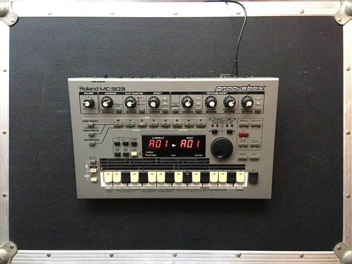 Roland MC-303 (44838)