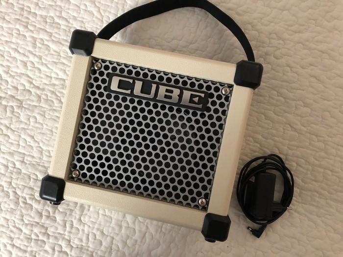 Roland Micro Cube GX (9882)