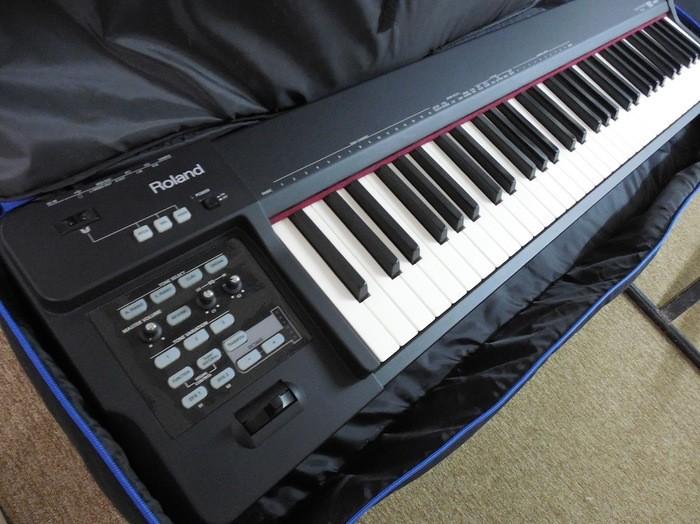 Roland RD-64 (98589)
