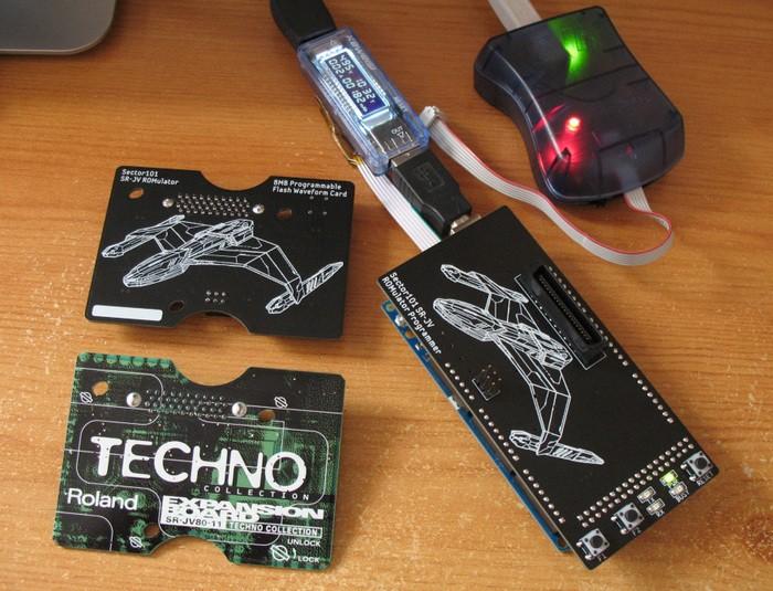 https://medias.audiofanzine.com/images/thumbs3/roland-sr-jv80-04-vintage-synthesizer-3088623.jpg