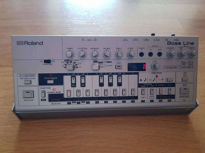 Roland TB-03 (95767)