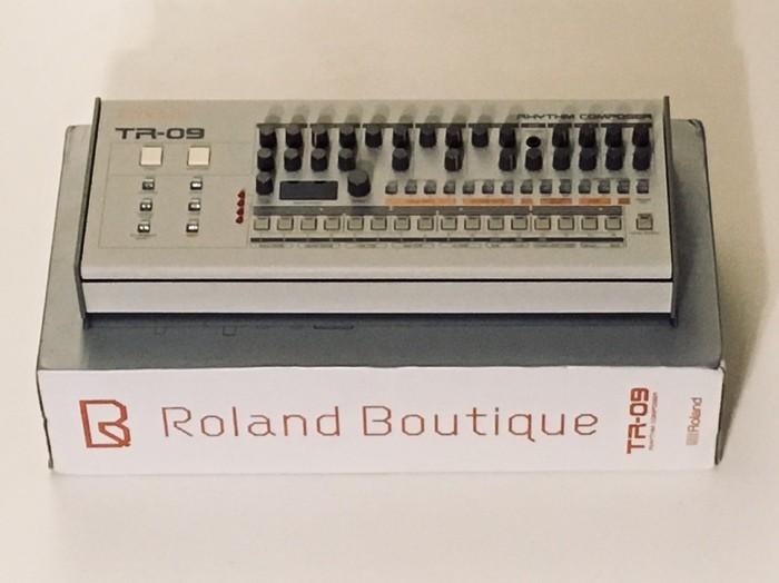 Roland TR-09 (41058)