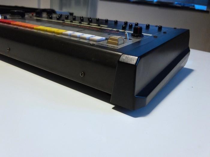 Roland TR-808 (65311)